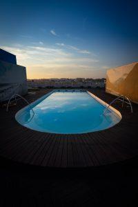 Les avantages d'une piscine à coque ronde