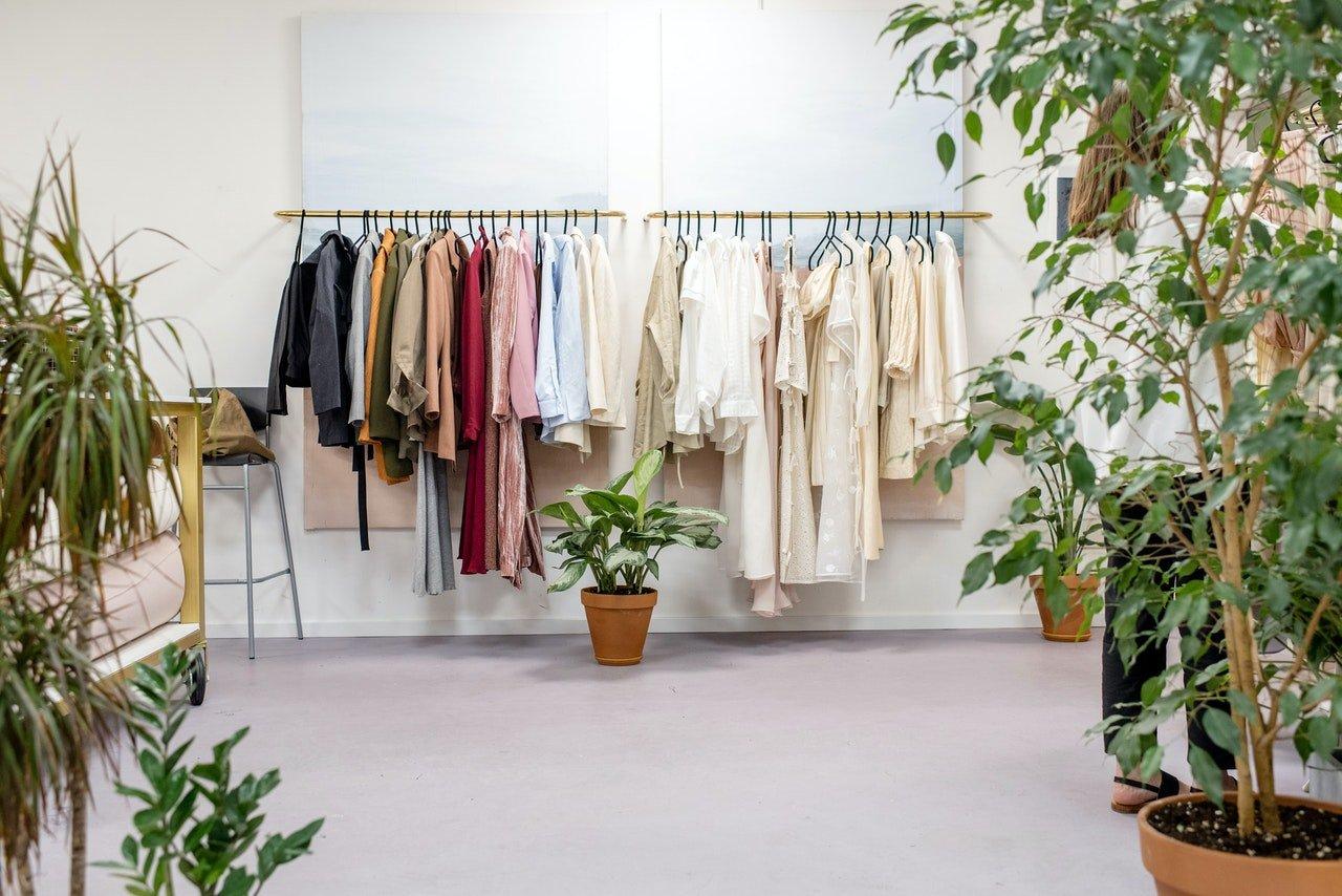 Read more about the article Quels sont les différents modèles de porte manteau mural?
